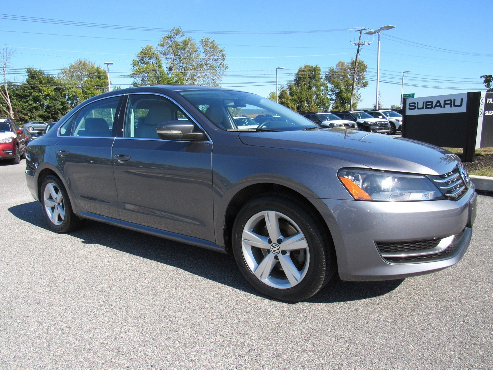 Certified Pre-Owned 2013 Volkswagen Passat TDI SE with Sunroof