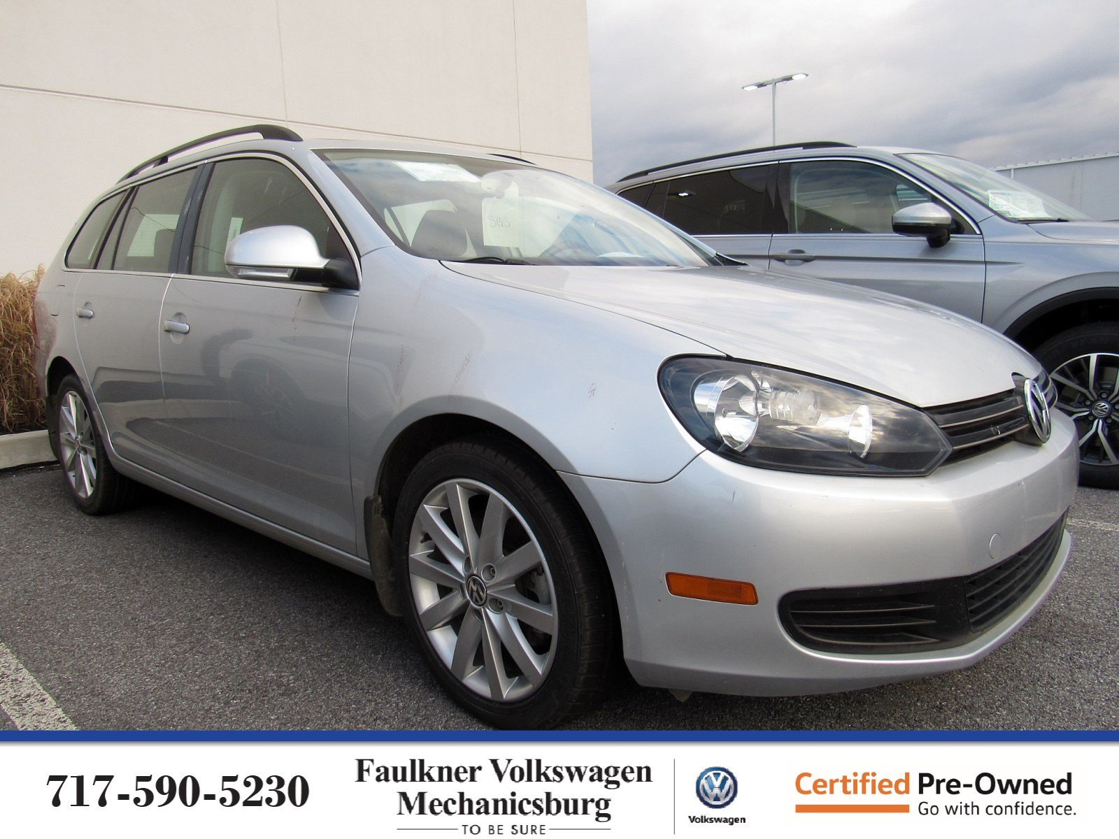 Certified Pre-Owned 2014 Volkswagen Jetta SportWagen TDI with Sunroof
