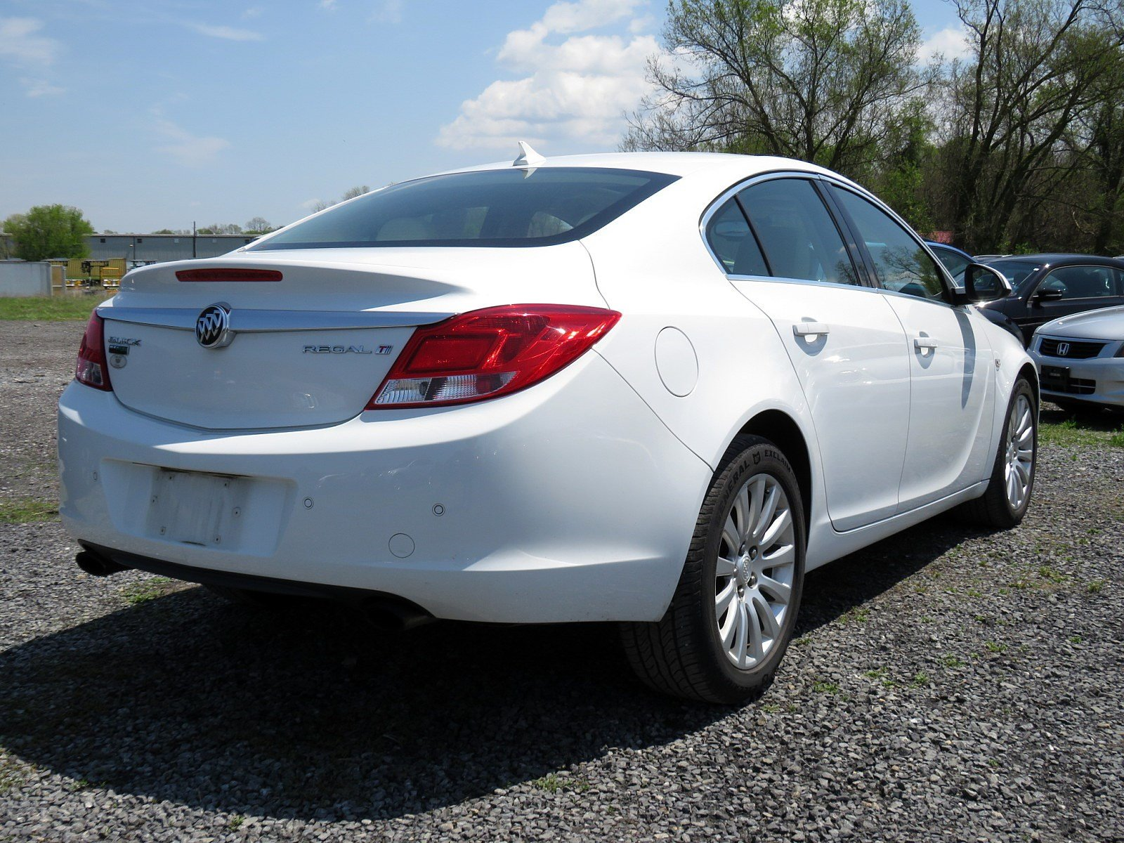 Pre-Owned 2011 Buick Regal CXL Turbo TO2
