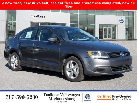 Certified Pre-Owned 2013 Volkswagen Jetta Sedan TDI with Premium
