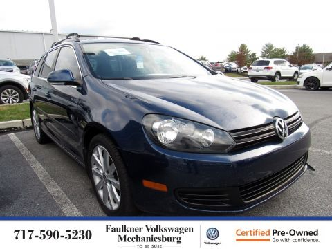 Certified Pre-Owned 2013 Volkswagen Jetta SportWagen TDI with Sunroof & Nav