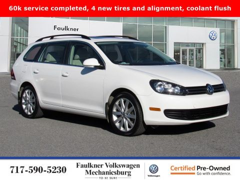 Certified Pre-Owned 2013 Volkswagen Jetta SportWagen TDI with Sunroof