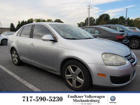 Pre-Owned 2008 Volkswagen Jetta Sedan SE